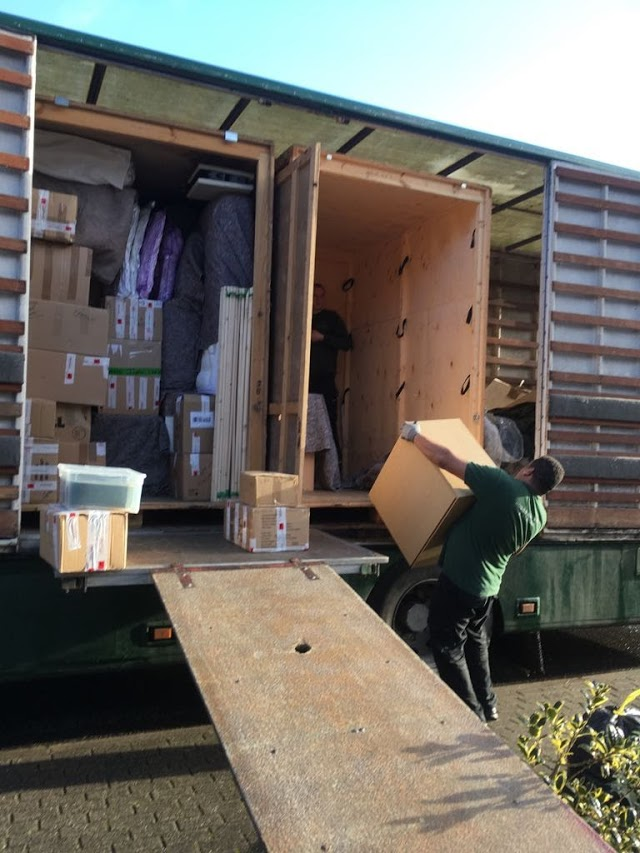 Hobbs Removals & Storage Luton